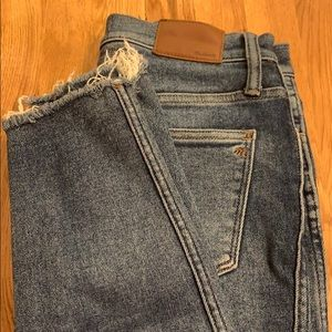 Madewell Ripped ankle jeans